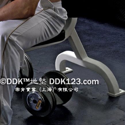 健身房地垫,健身房地板,运动地板,运动地垫
